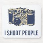 Tiro la cámara de la fotografía de la gente tapetes de raton