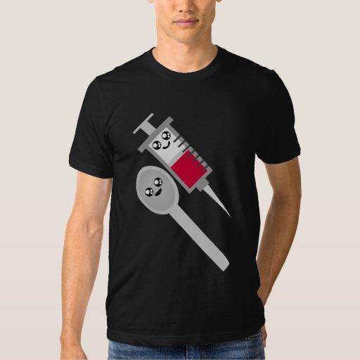 Tiro y cuchara de la aguja de la jeringuilla del remeras