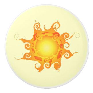 Tirón de cerámica de Sun de la runa Pomo De Cerámica