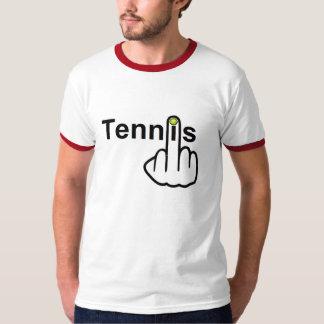 Tirón del tenis de la camiseta remera