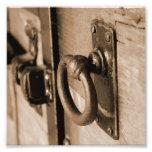 Tirón del tirador de puerta y sepia antiguos fotografías