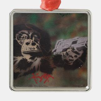 Tiroteo del chimpancé ornamente de reyes