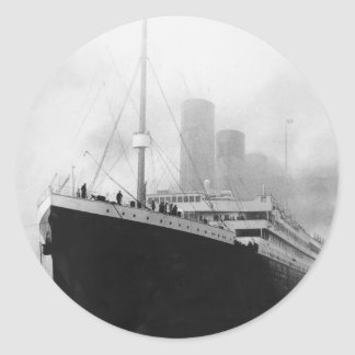 Titanic in dock in Southampton Classic Round Sticker