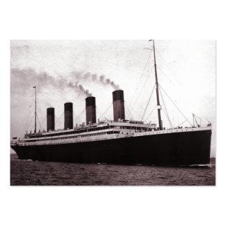Titánico en el mar tarjetas de visita grandes