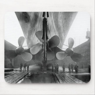 Titanic's propellers mouse pad