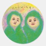 Titulado:  Arte minúsculo #594 - sabiendo - arte Etiqueta Redonda