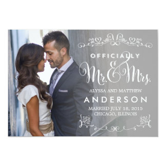 Títulos oficiales que casan la invitación - gris