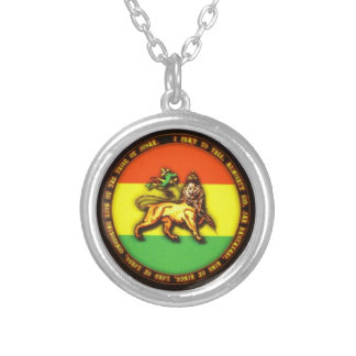 To glue Lion of Judah Silver Plated Necklace