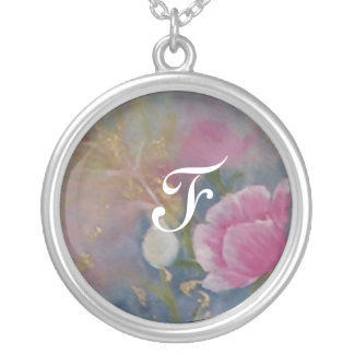 to glue of the art round pendant necklace