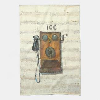toalla de cocina antigua del teléfono de la pared