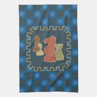 Toalla de cocina azul de los pedazos de ajedrez