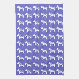 Toalla de cocina azul y blanca del caballo de Dala
