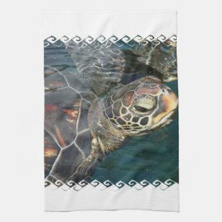 Toalla de cocina de la tortuga de la natación