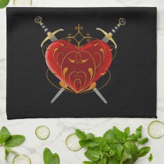 Toalla de cocina del corazón y de las dagas