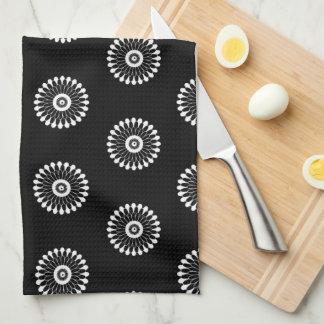 Toalla de cocina floral negra