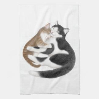 Toalla de cocina maternal de los gatos del amor