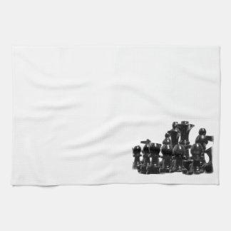 Toalla de cocina negra de los pedazos de ajedrez