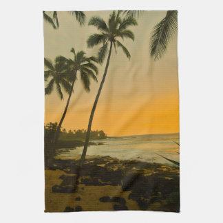 Toalla de cocina tropical de la puesta del sol de