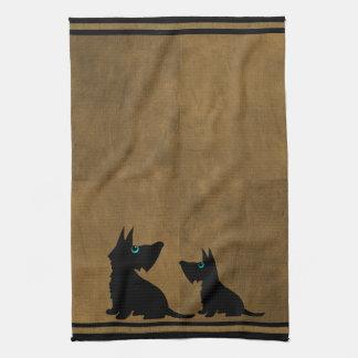 Toalla de los perros negros