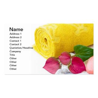 Toalla y jabón amarillos