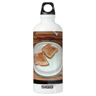 Toasted bread in a plate water bottle