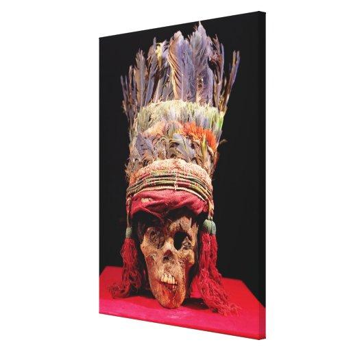 Tocado emplumado en un cráneo, de Perú Lienzo Envuelto Para Galerias