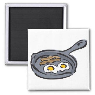 tocino y huevos fritos imán cuadrado