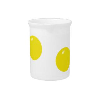 Tocino y huevos jarra de beber
