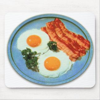 Tocino y huevos retros de la comida del kitsch del alfombrillas de raton
