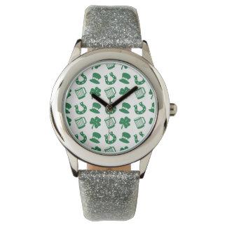 todas las cosas irlandeses, modelo reloj