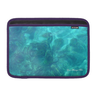 Todavía aguas sobre corales fundas macbook air