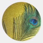 Todavía de Gittery vida amarilla con el pavo real Pegatina Redonda