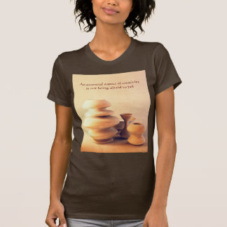 Todavía de la cerámica vida de cerámica I - luz y Camisetas