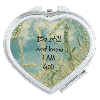 Todavía esté y sepa que soy verso de la biblia de espejo de viaje