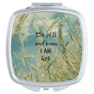 Todavía esté y sepa que soy verso de la biblia de espejos maquillaje