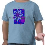 Todavía flor y florero de la vida, fucsia y camisetas