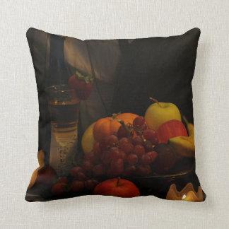 Todavía fruta de la vida y almohada del vino cojín decorativo