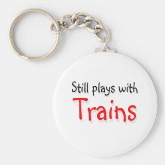 Todavía juegos con los trenes llaveros