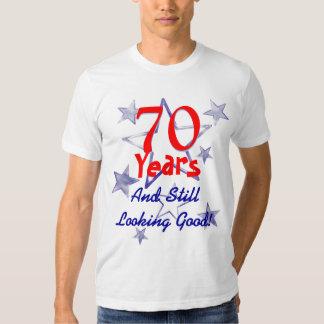 Todavía mirada de buen 70.o cumpleaños polera