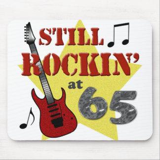 Todavía Rockin en 65 Tapetes De Ratón