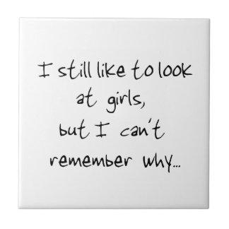 Todavía tengo gusto de mirar la chica-teja azulejo cuadrado pequeño