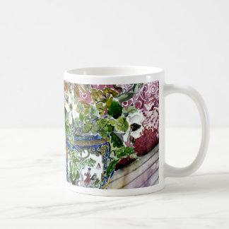 todavía vida con arte de la pintura de la acuarela taza clásica