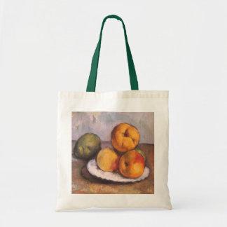 Todavía vida con el membrillo manzanas peras por bolsa
