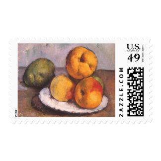 Todavía vida con el membrillo, manzanas, peras por timbres postales