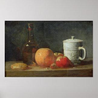 Todavía vida con la botella de la fruta y de vino impresiones