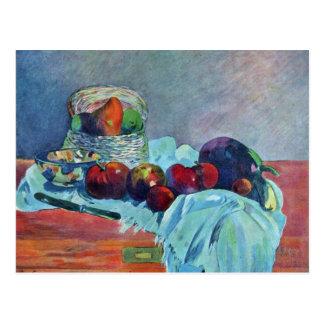 Todavía vida con la cesta y el cuchillo de fruta tarjetas postales