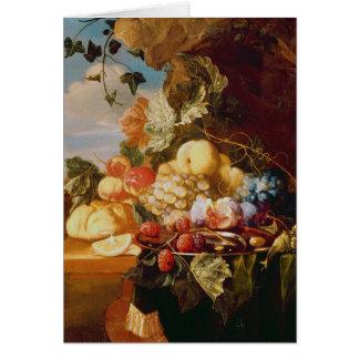 Todavía vida con la fruta y las flores tarjeta de felicitación