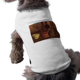 Todavía vida con las brochas en un pote de Van Gog Playera Sin Mangas Para Perro