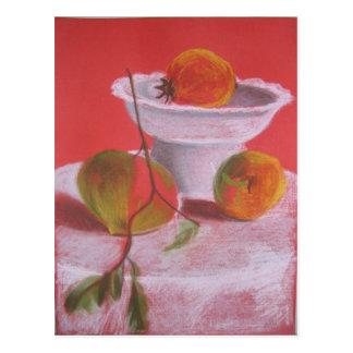 Todavía vida con las frutas brillantes postal