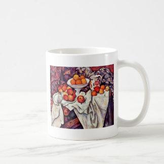 Todavía vida con las manzanas y los naranjas de Pa Taza De Café